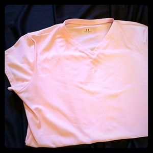 Pale pink Under Armour V-neck Tee XL
